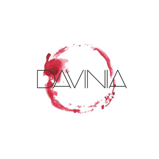davina logo design
