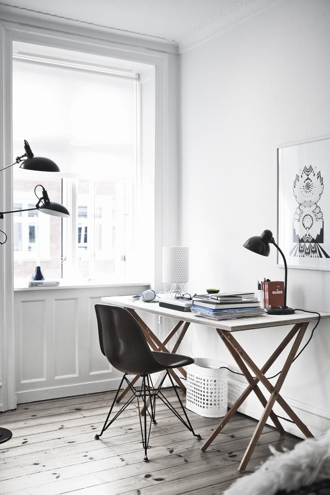 25 minimal home office designs daphne hansen for Office design instagram